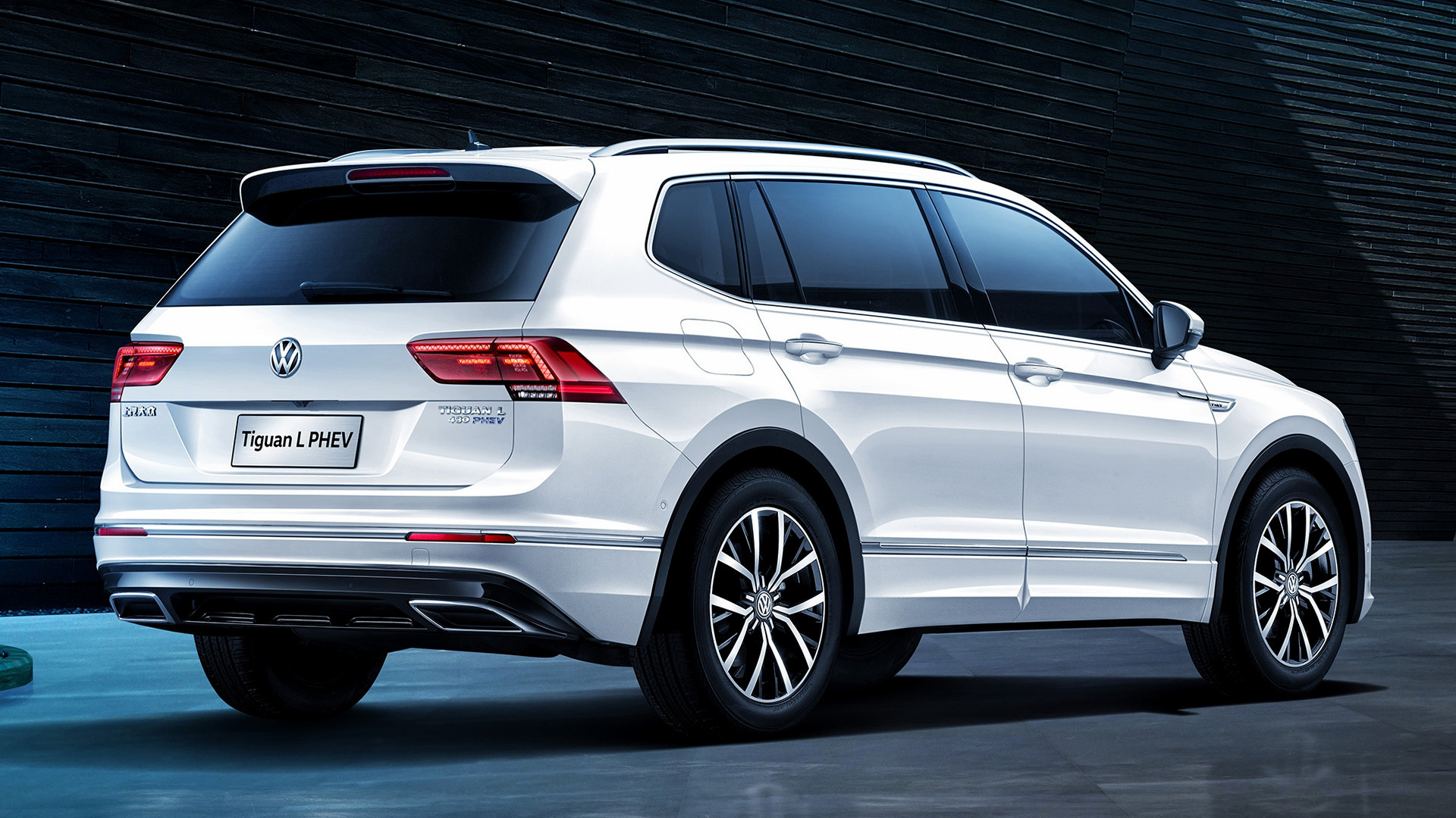 2018 Volkswagen Tiguan L PHEV (CN) - Wallpapers and HD Images | Car Pixel