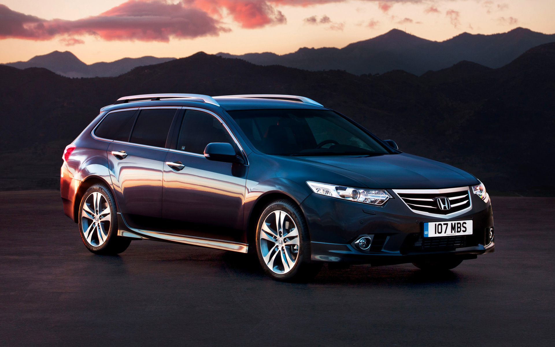 Honda accord type s tourer 2011 wallpapers and hd images for Honda accord type s