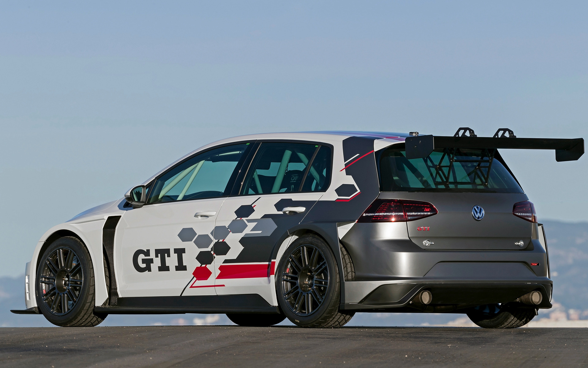2017 Volkswagen Golf GTI TCR - Wallpapers and HD Images | Car Pixel