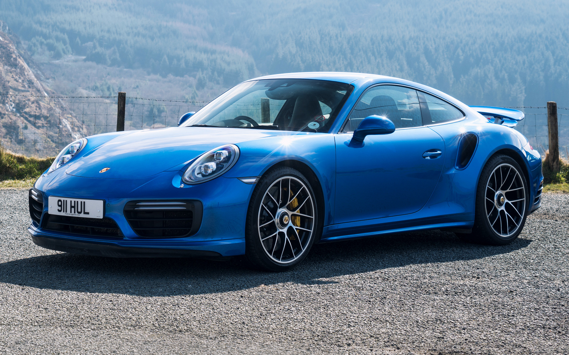 911 Carrera Gts >> 2016 Porsche 911 Turbo S (UK) - Wallpapers and HD Images ...