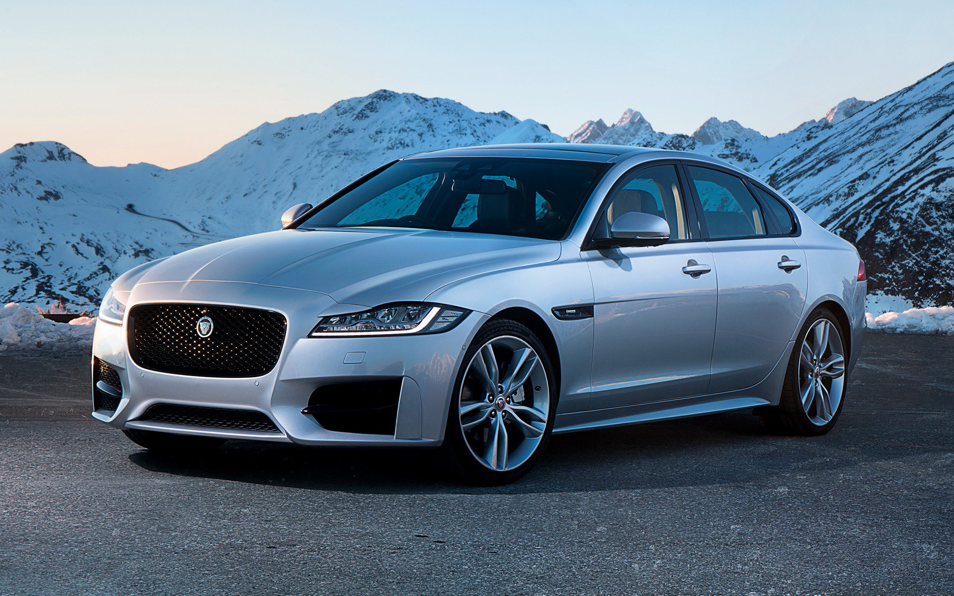 Jaguar XF R Sport 2016 UK Wallpapers And HD Images