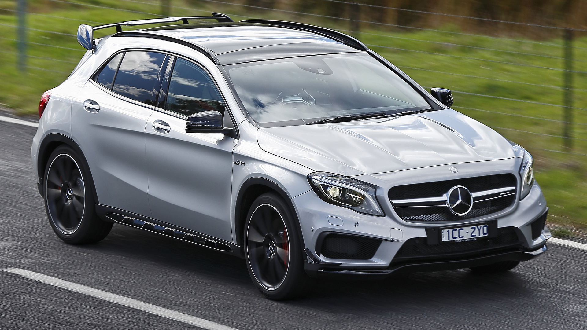 mercedes benz gla 45 amg aerodynamics package 2014 au wallpapers and hd images car pixel. Black Bedroom Furniture Sets. Home Design Ideas