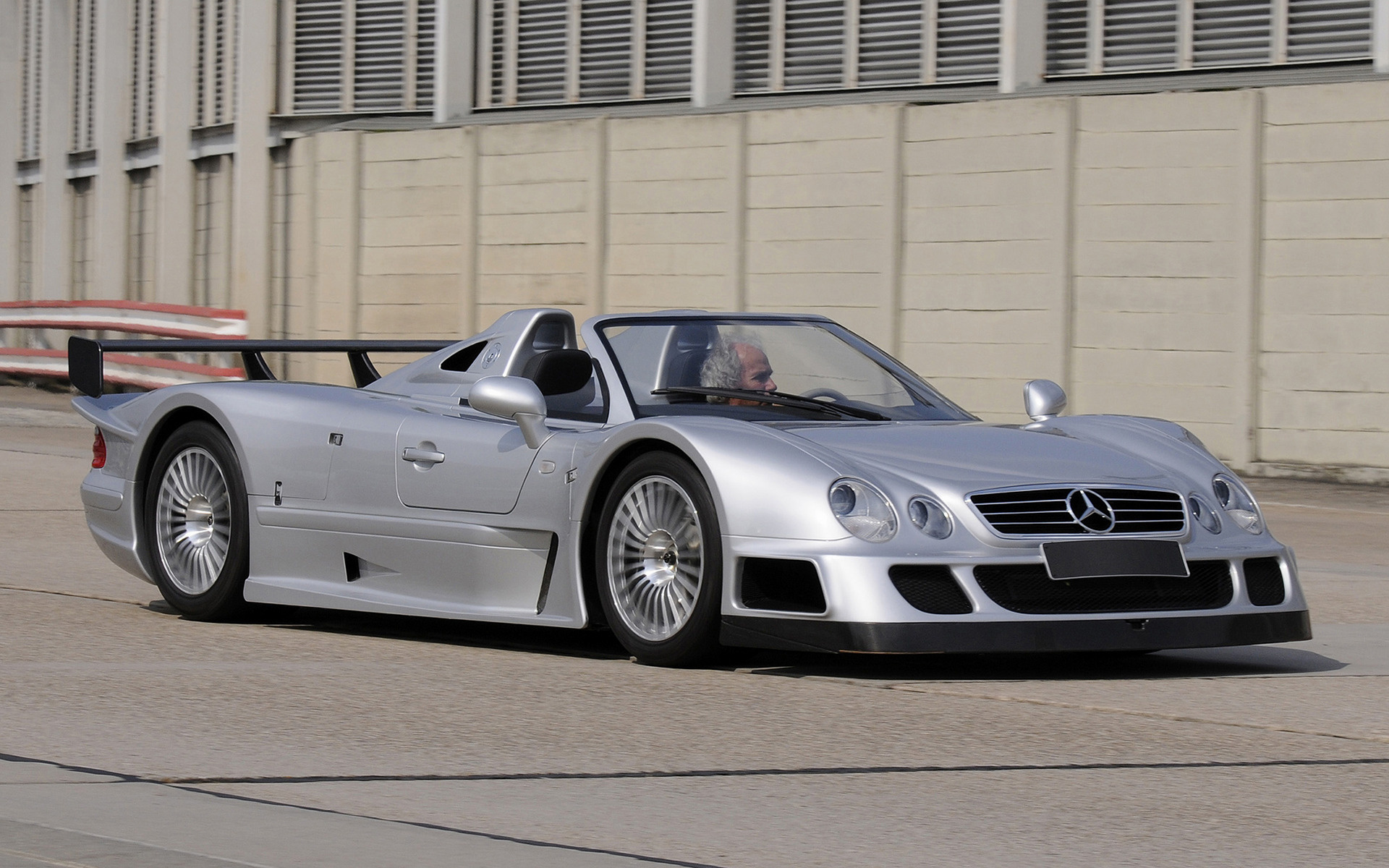 Mercedes Gtr Amg >> 1998 Mercedes-Benz CLK GTR Roadster - Wallpapers and HD Images | Car Pixel
