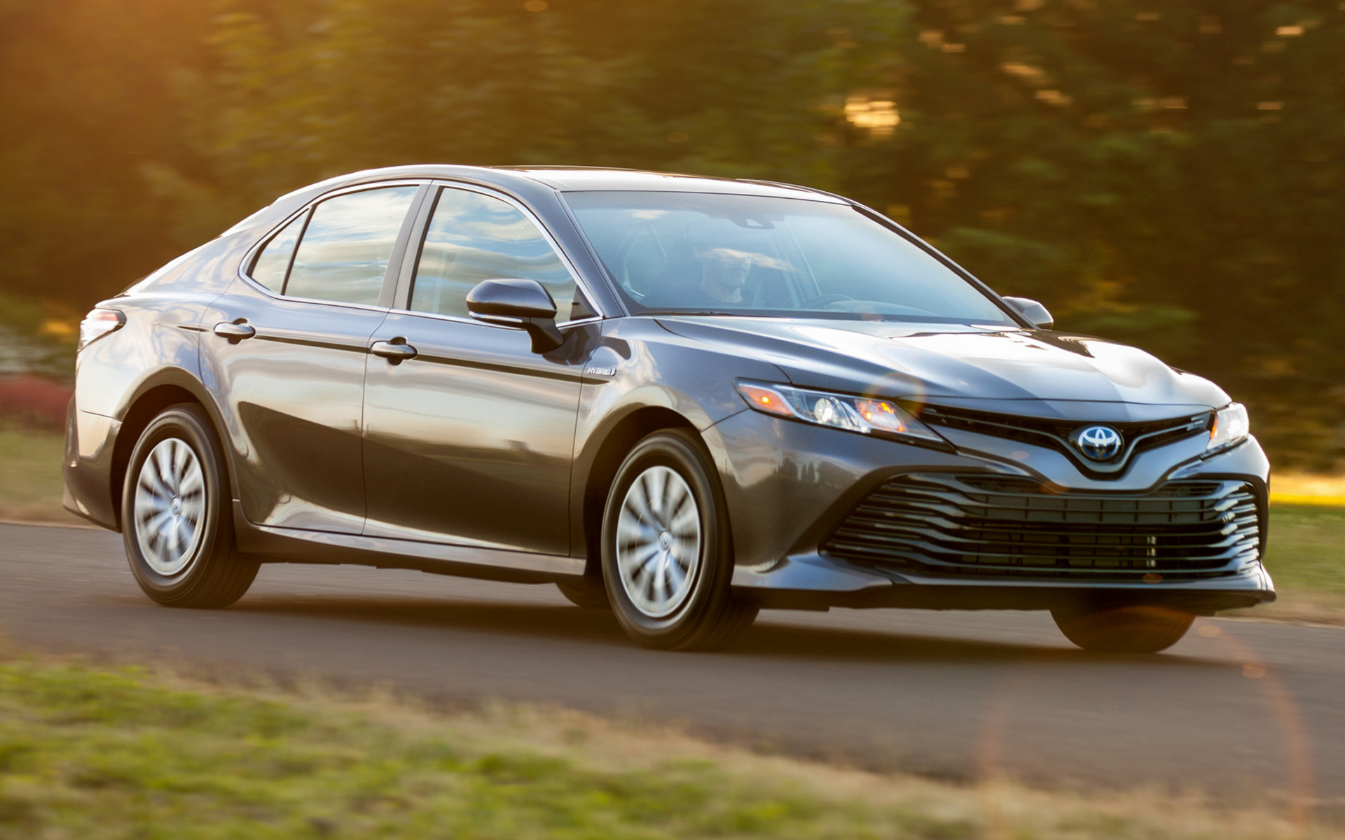 2018 Toyota Camry Hybrid LE - Wallpapers and HD Images ...
