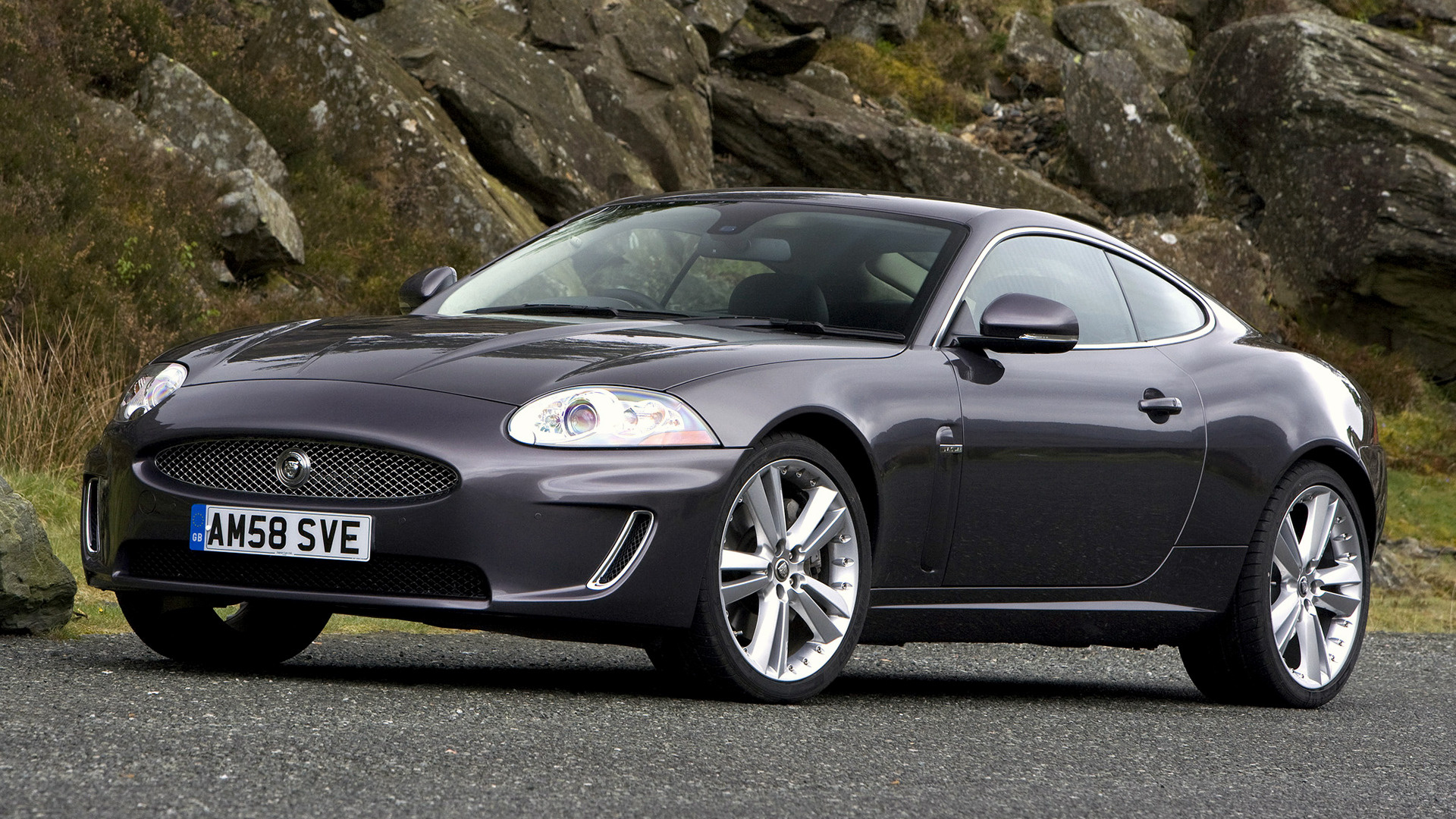 jaguar xk coupe 2009 uk wallpapers and hd images car pixel. Black Bedroom Furniture Sets. Home Design Ideas