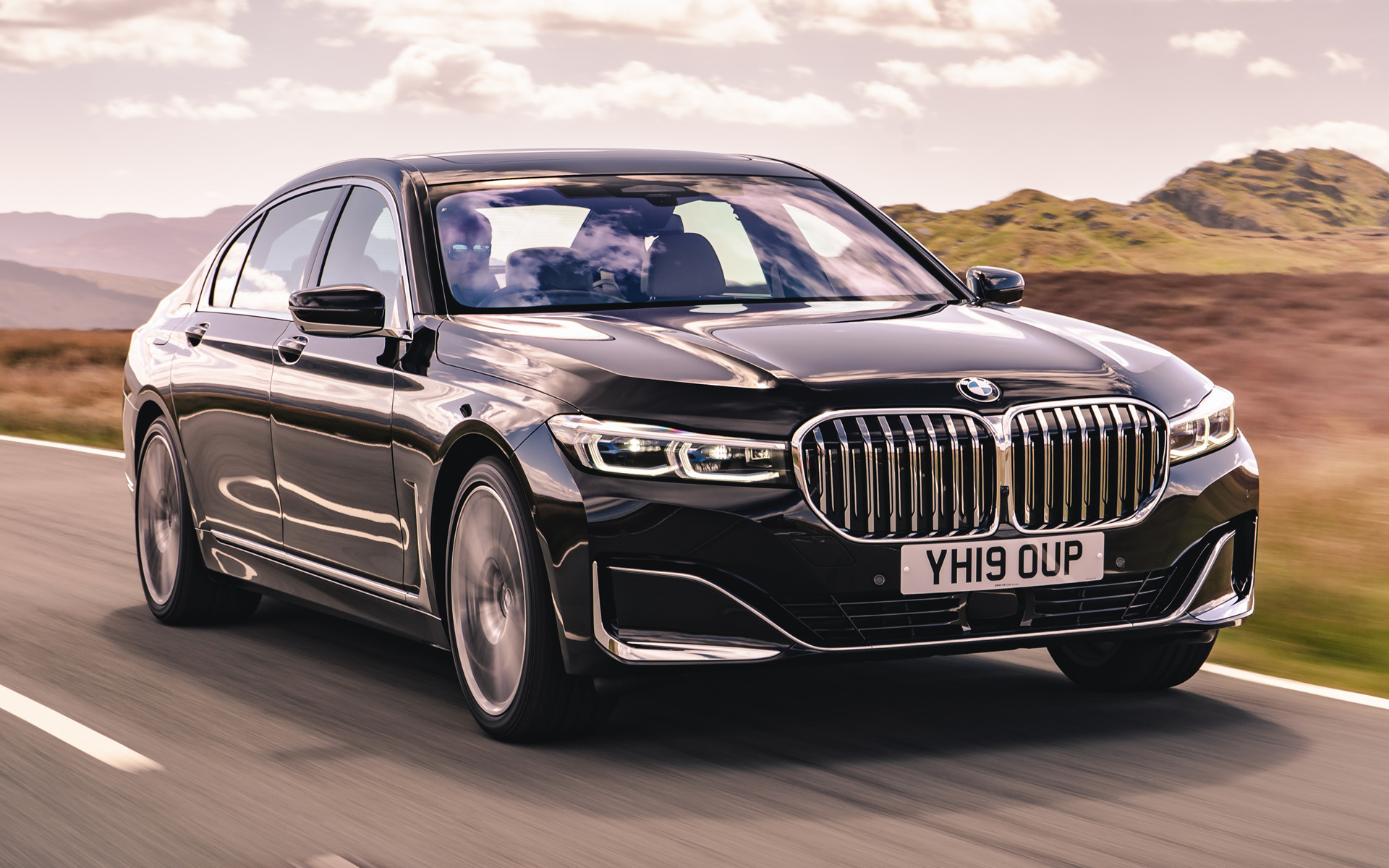 2019 BMW 7 Series LWB (UK) - Wallpapers and HD Images ...