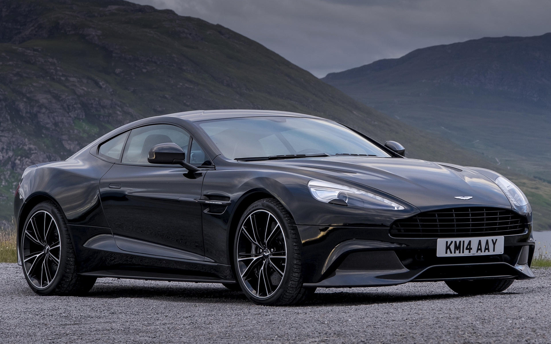 2014 Aston Martin Vanquish Carbon Black Wallpapers And