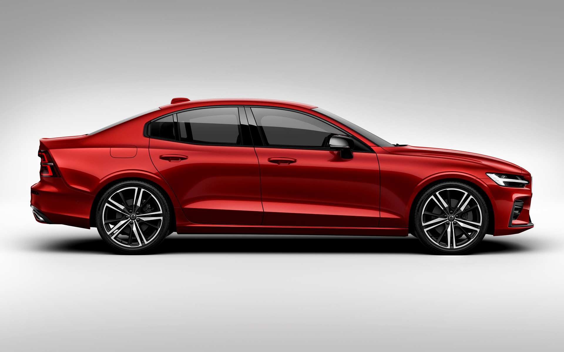2018 Volvo S60 R-Design - Wallpapers And HD Images