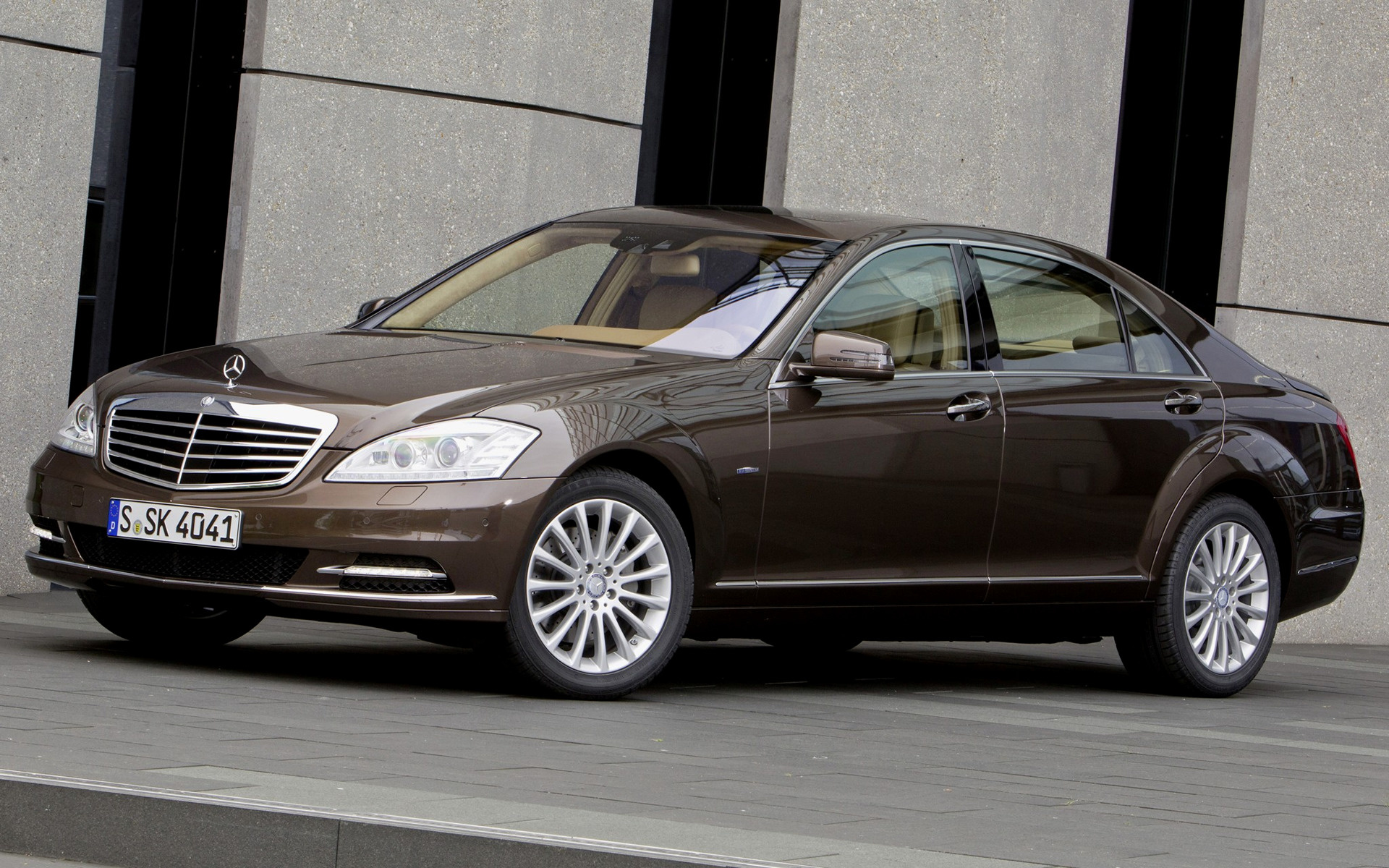 Mercedes benz s class long 2009 wallpapers and hd for Mercedes benz long