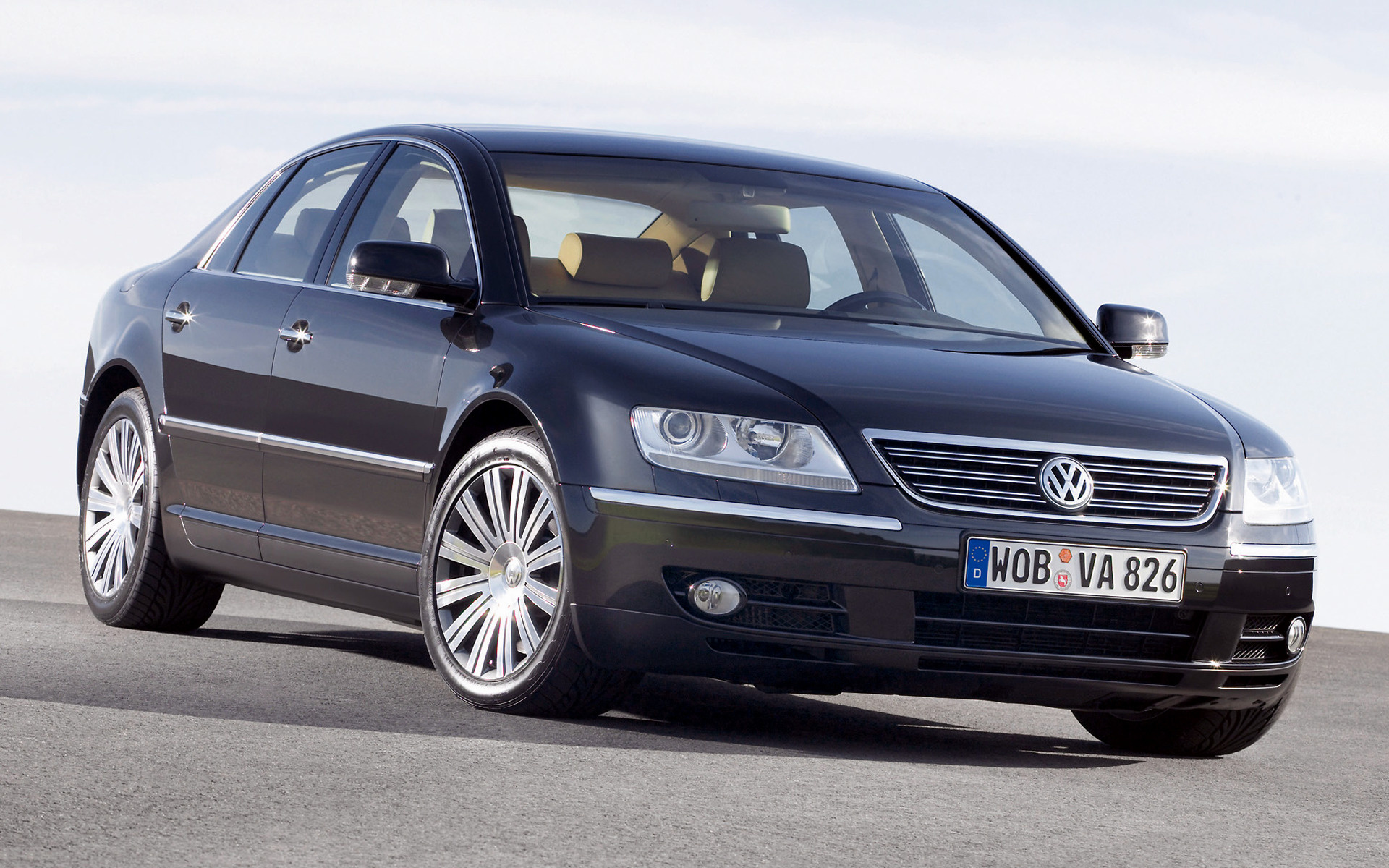 Volkswagen Phaeton (2002) Wallpapers and HD Images - Car Pixel