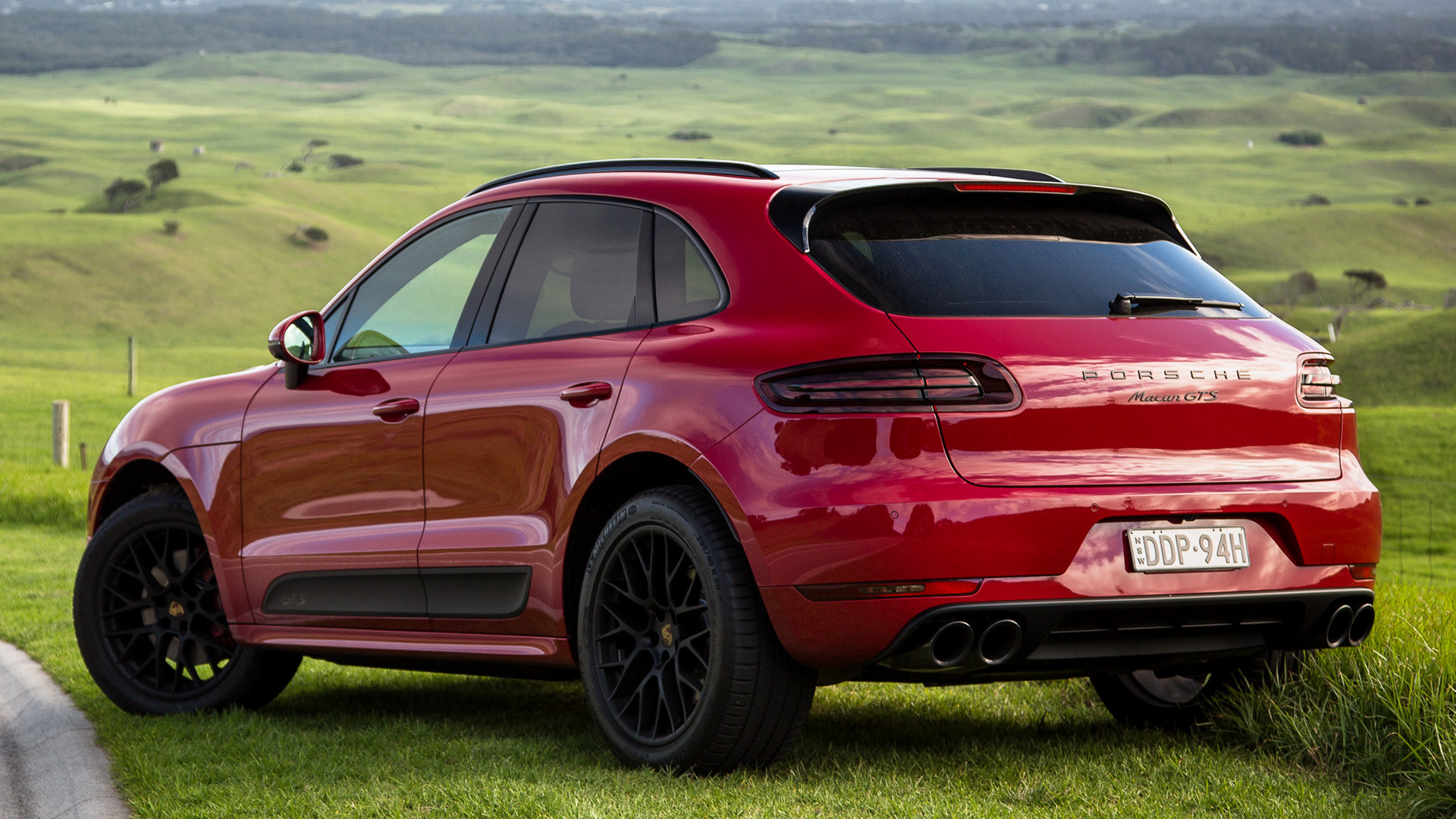 Porsche Macan GTS (2016) AU Wallpapers and HD Images - Car ...