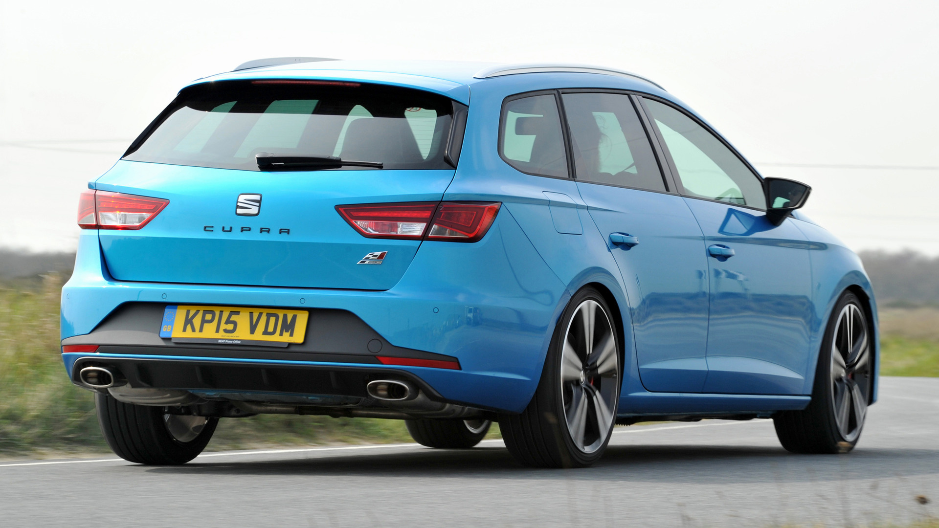 seat leon st cupra 280 2015 uk wallpapers and hd images. Black Bedroom Furniture Sets. Home Design Ideas
