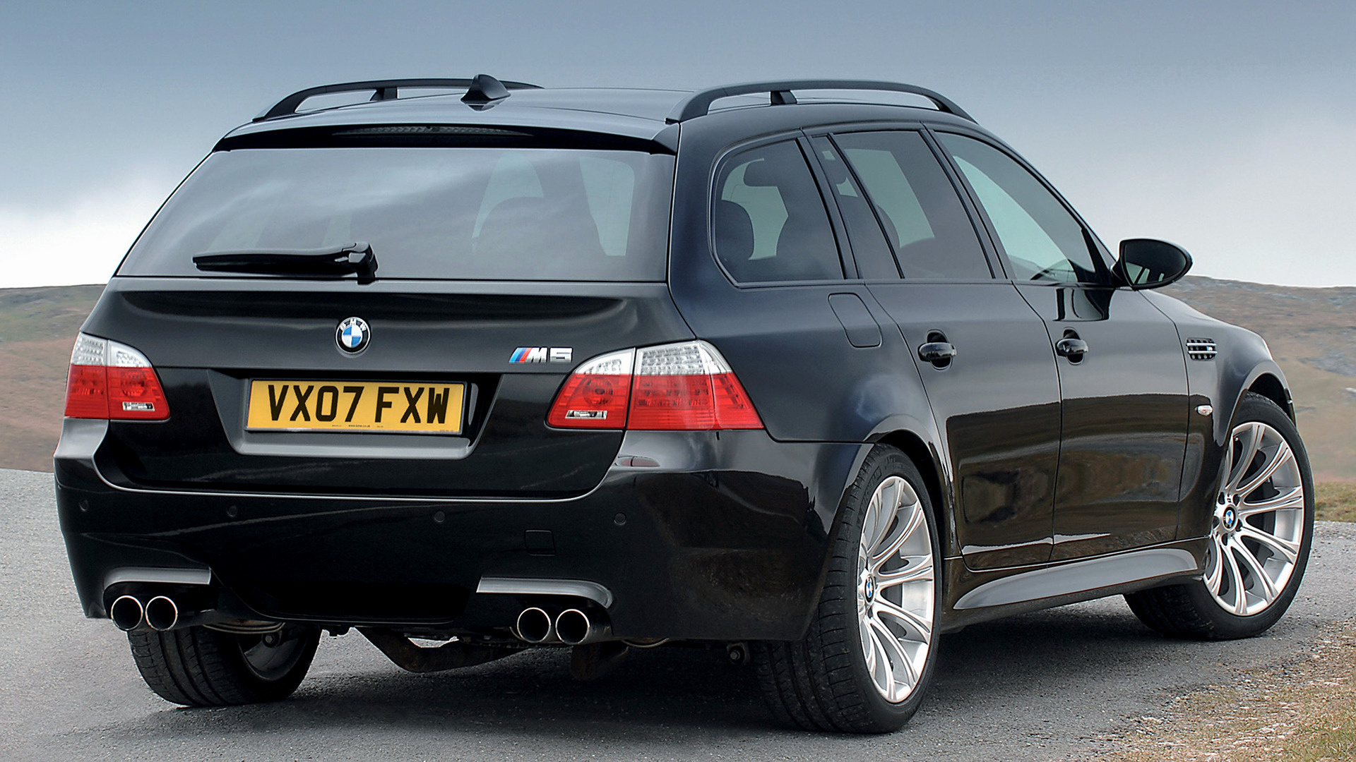 2007 BMW M5 Touring (UK) - Wallpapers and HD Images | Car ...