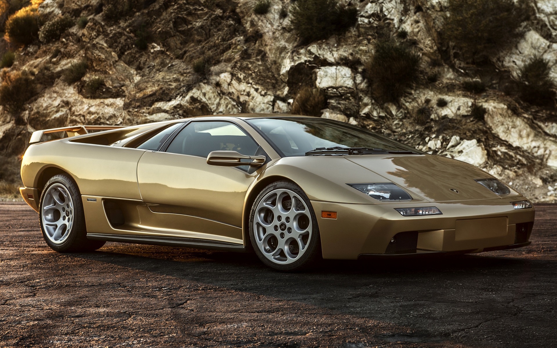Wide   C B Lamborghini Diablo