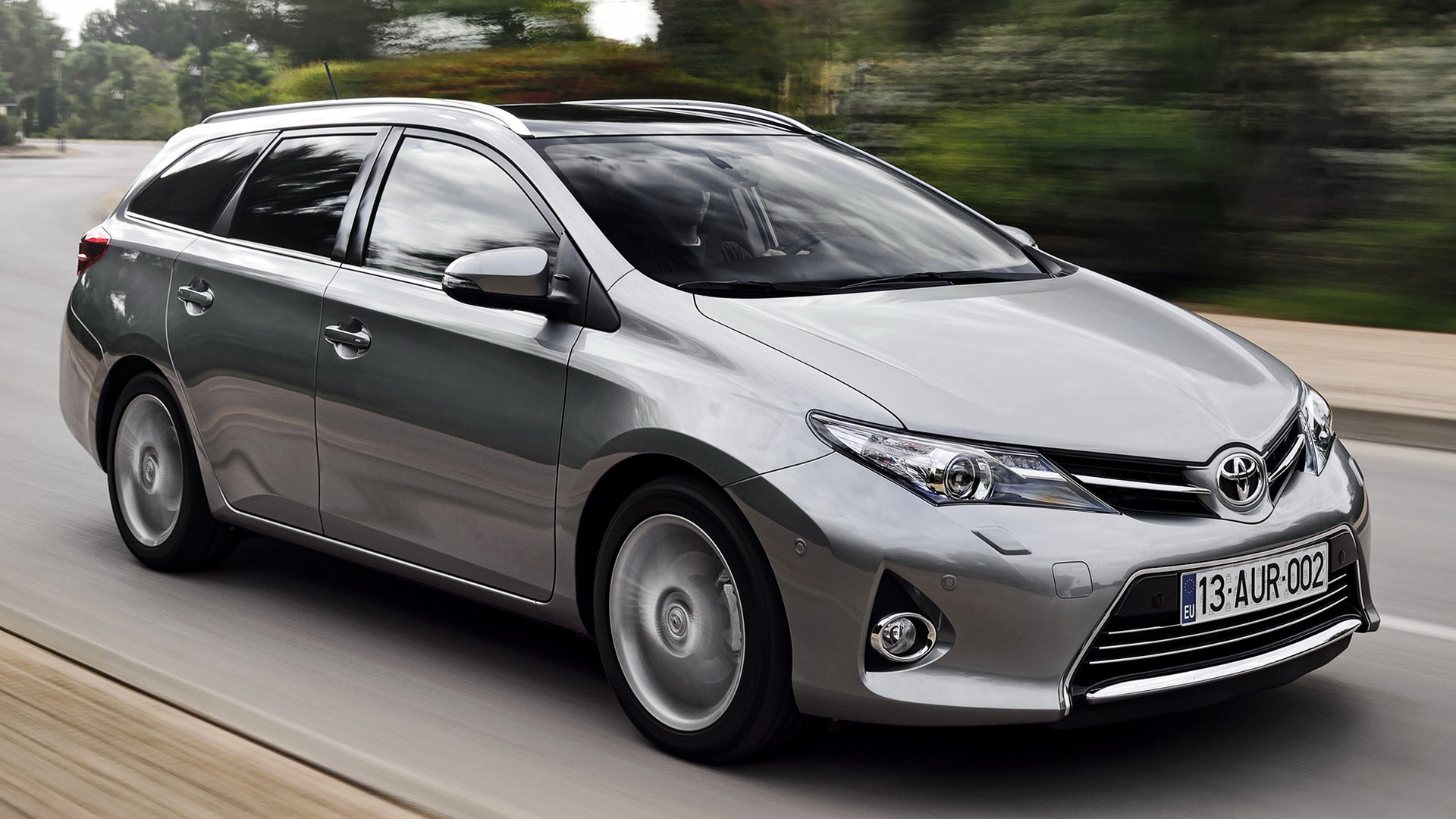 Toyota Auris Touring Sports 2013 Wallpapers And Hd