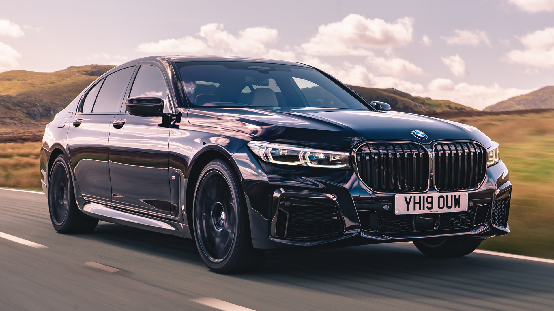 2019 BMW 7 Series M Sport (UK) - Wallpapers and HD Images ...