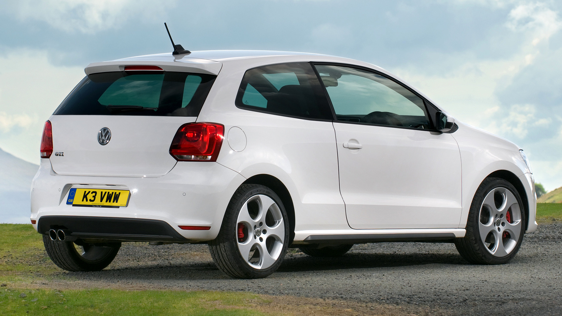 volkswagen polo gti 3 door 2010 uk wallpapers and hd images car pixel. Black Bedroom Furniture Sets. Home Design Ideas