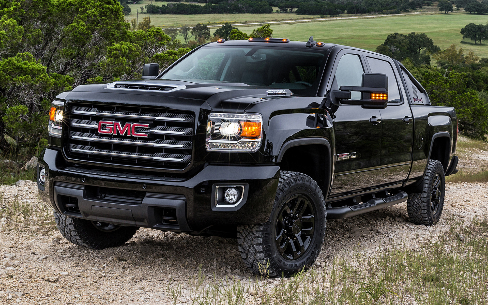 GMC Sierra 2500 HD All Terrain X Crew Cab (2017 ...