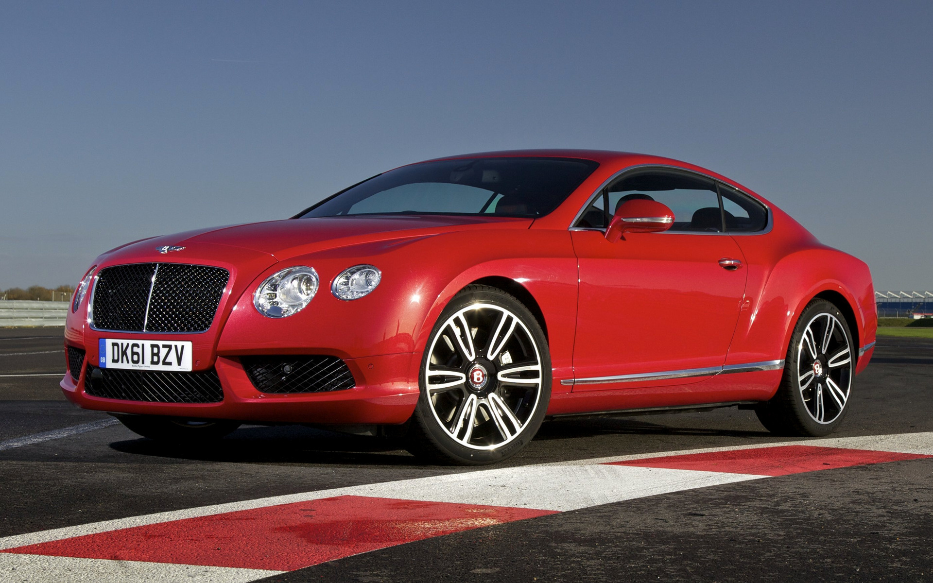 Bentley Continental GT V8 (2012) UK Wallpapers and HD Images