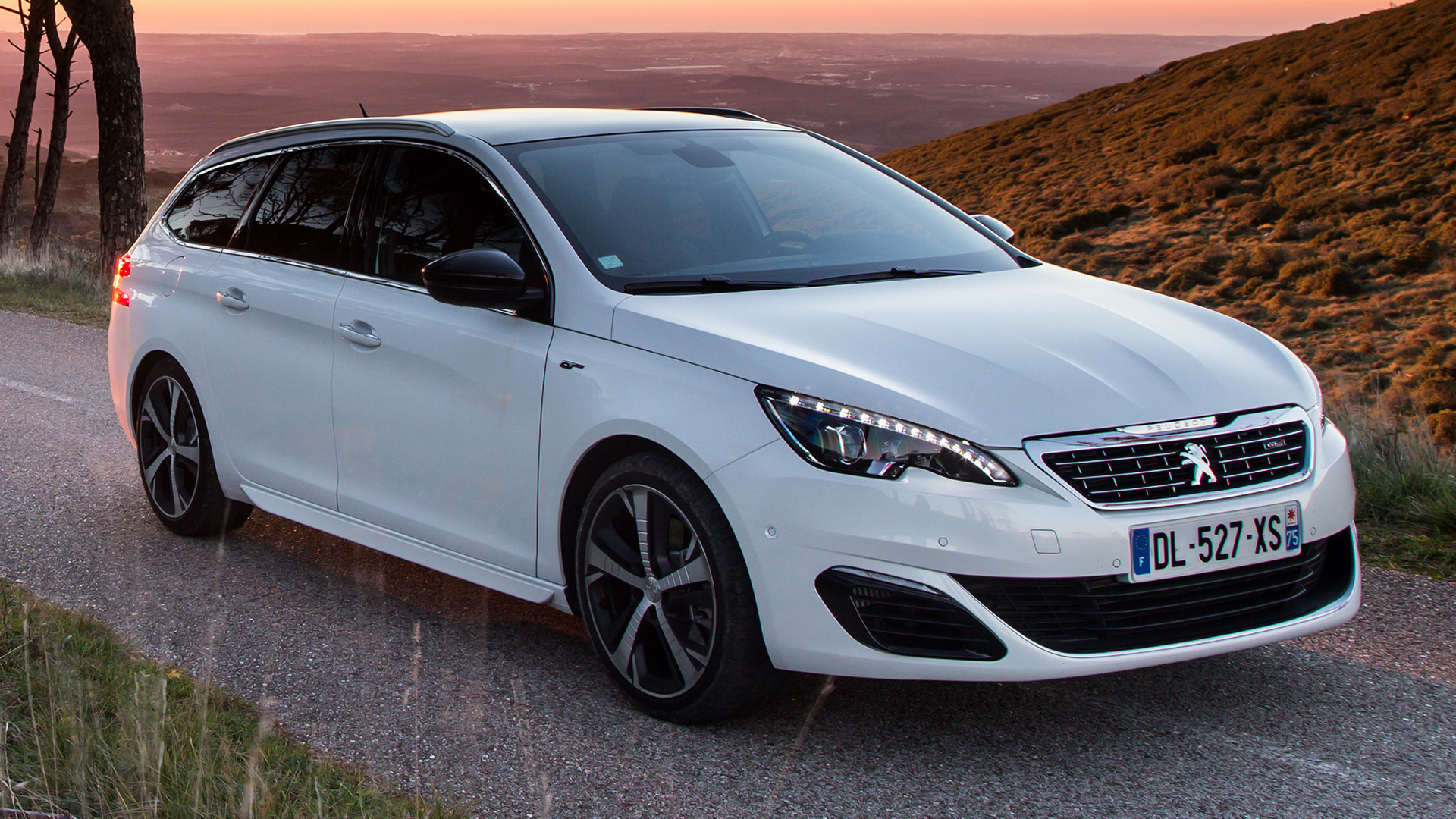 Peugeot 308 GT SW (2014) Wallpapers and HD Images - Car Pixel