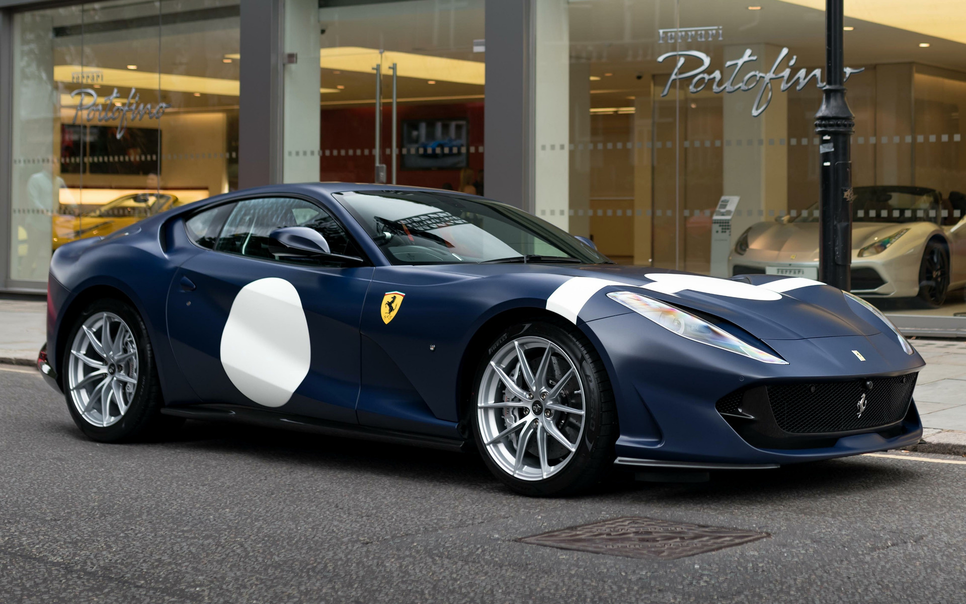 Ferrari 812 Superfast Tailor Made Inspired By Stirling Moss 2018 Uk Wallpapers And Hd Images