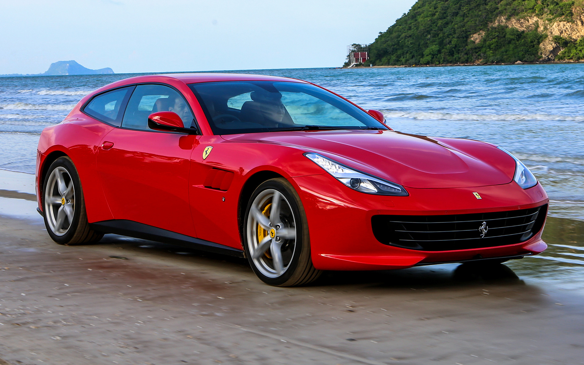 2017 Ferrari Gtc4lusso T Th Wallpapers And Hd Images Car Pixel