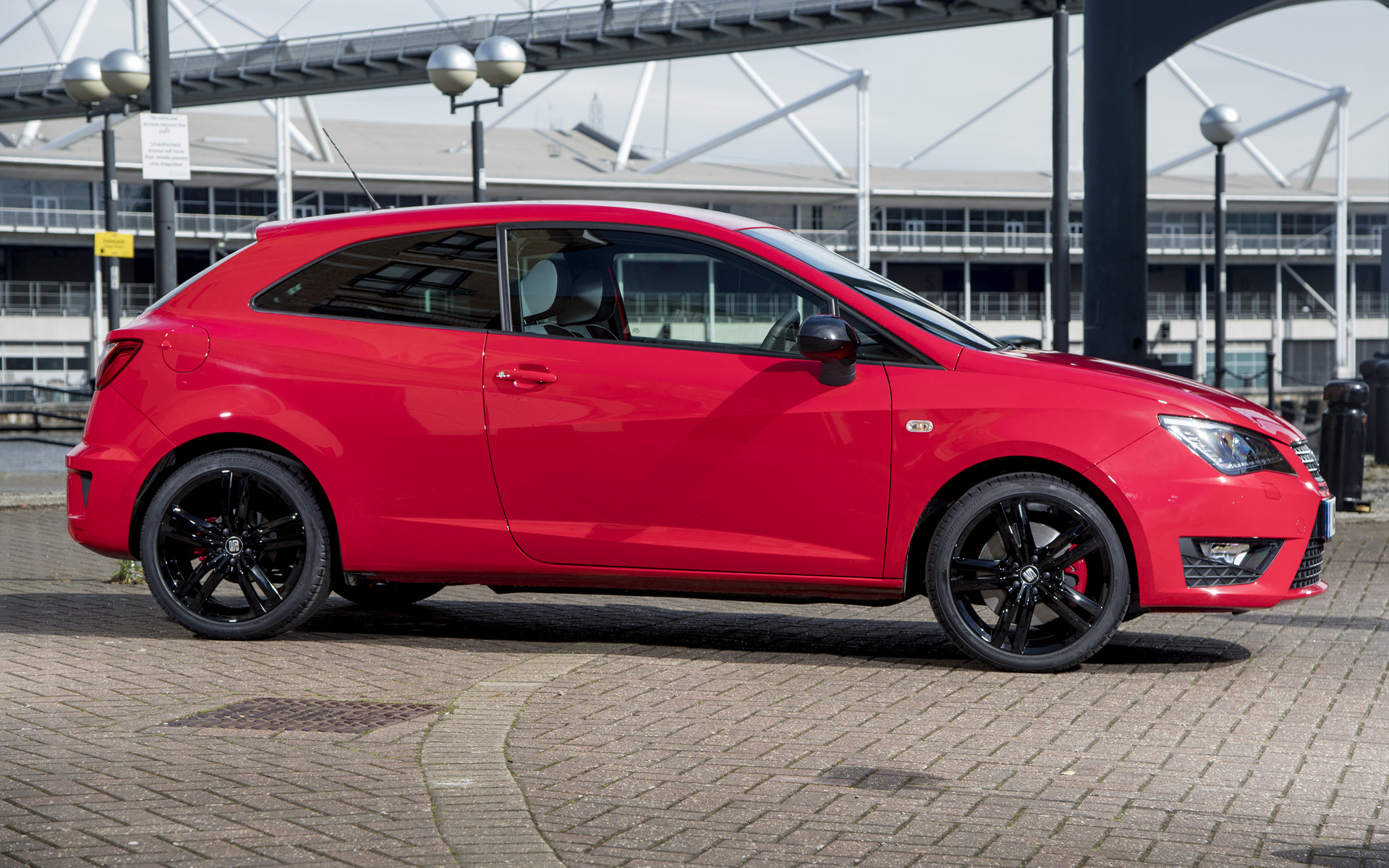 seat ibiza cupra 2016 uk wallpapers and hd images car pixel. Black Bedroom Furniture Sets. Home Design Ideas
