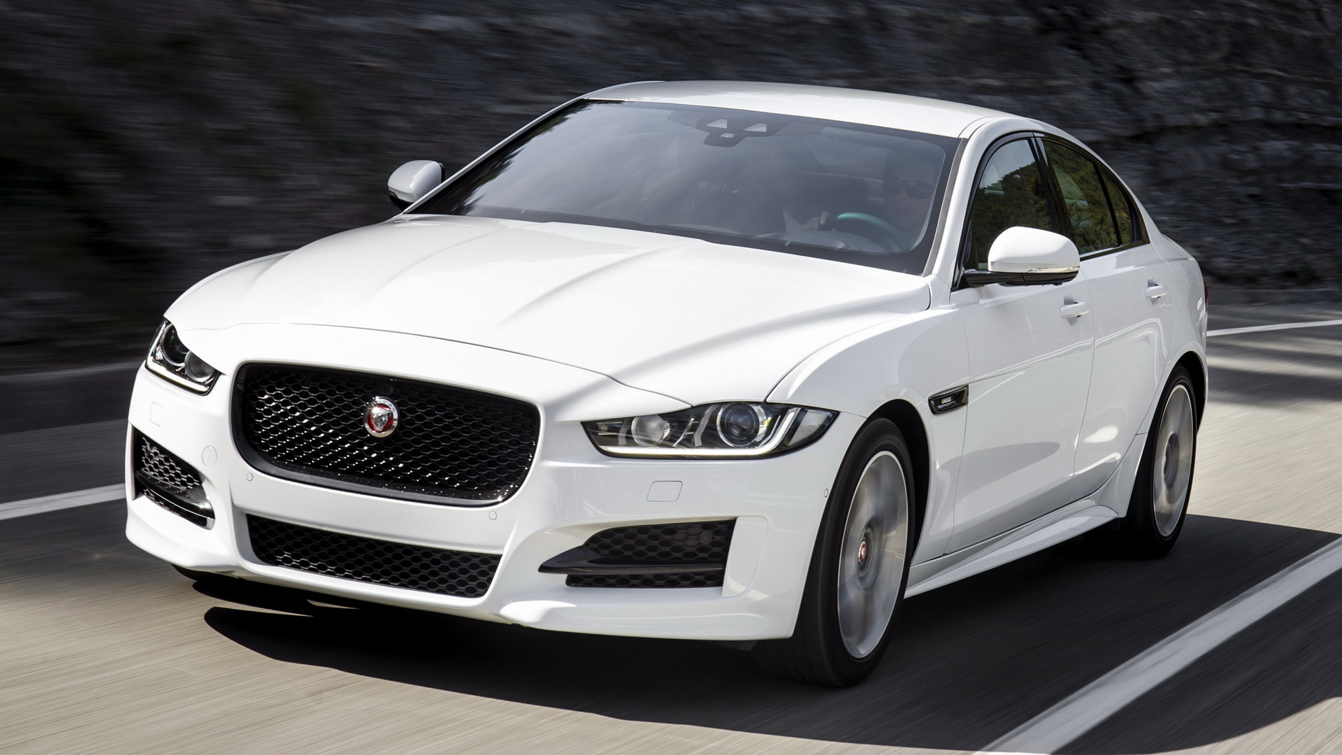 jaguar xe r sport 2015 wallpapers and hd images car pixel. Black Bedroom Furniture Sets. Home Design Ideas