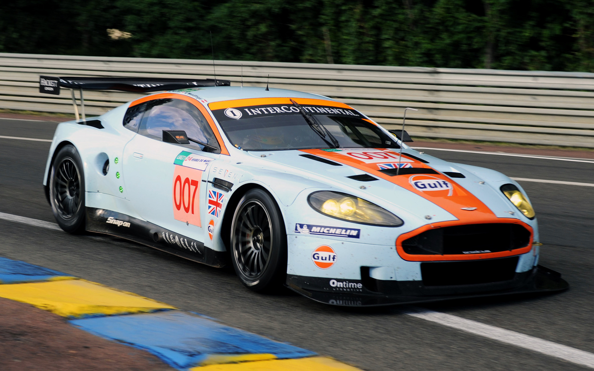 Aston Martin Dbr Gulf Oil Livery Car Wallpaper