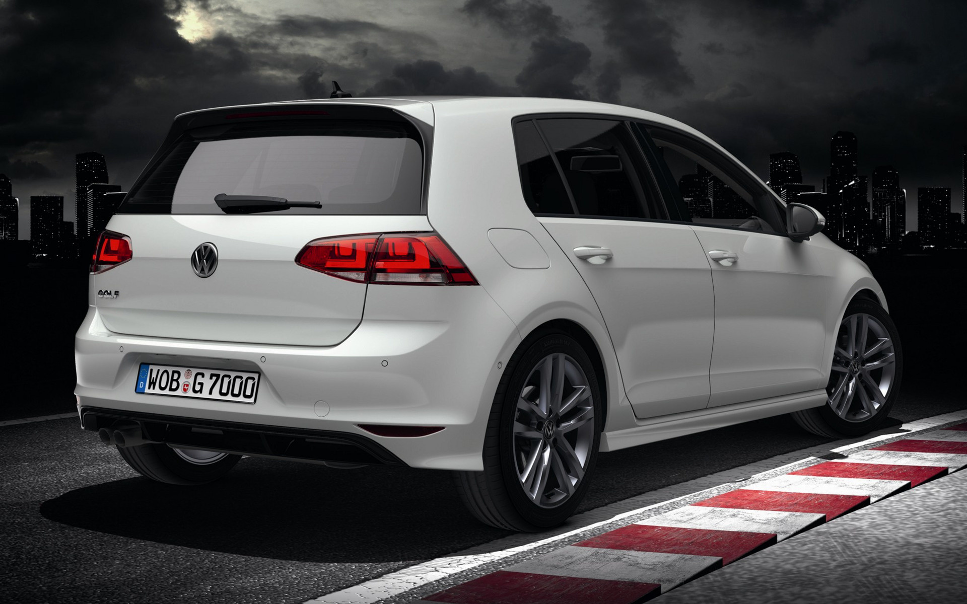 volkswagen golf r line 5 door 2013 wallpapers and hd images car pixel. Black Bedroom Furniture Sets. Home Design Ideas