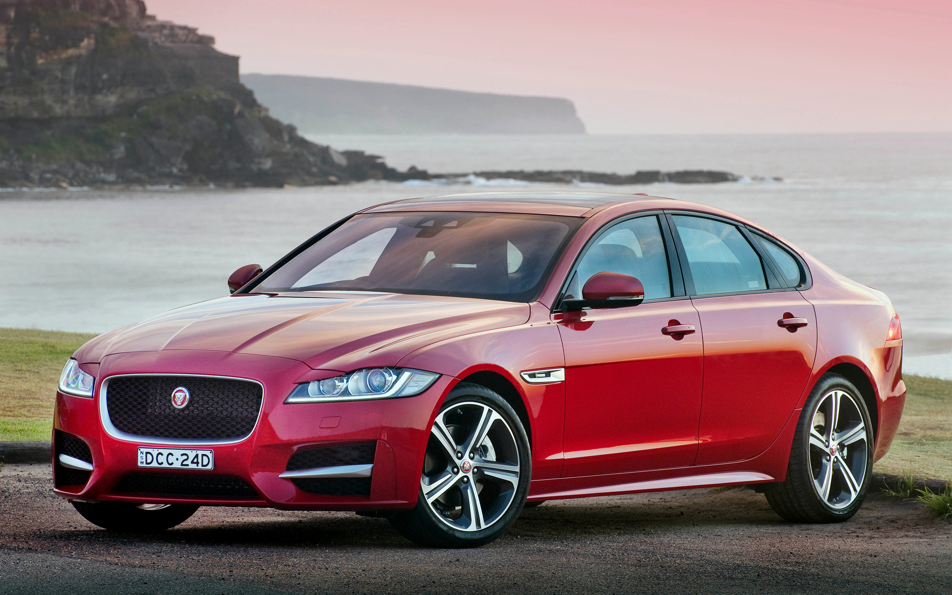 jaguar xf r sport 2016 au wallpapers and hd images car pixel. Black Bedroom Furniture Sets. Home Design Ideas