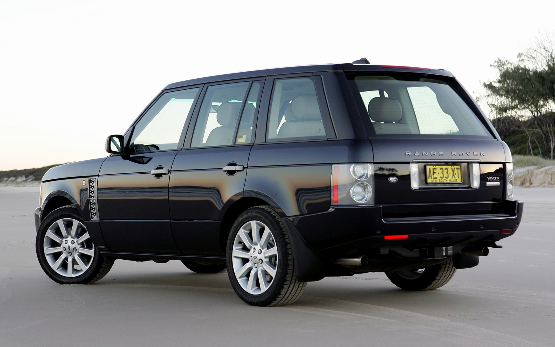 range rover vogue supercharged 2005 au wallpapers and hd images car pixel. Black Bedroom Furniture Sets. Home Design Ideas