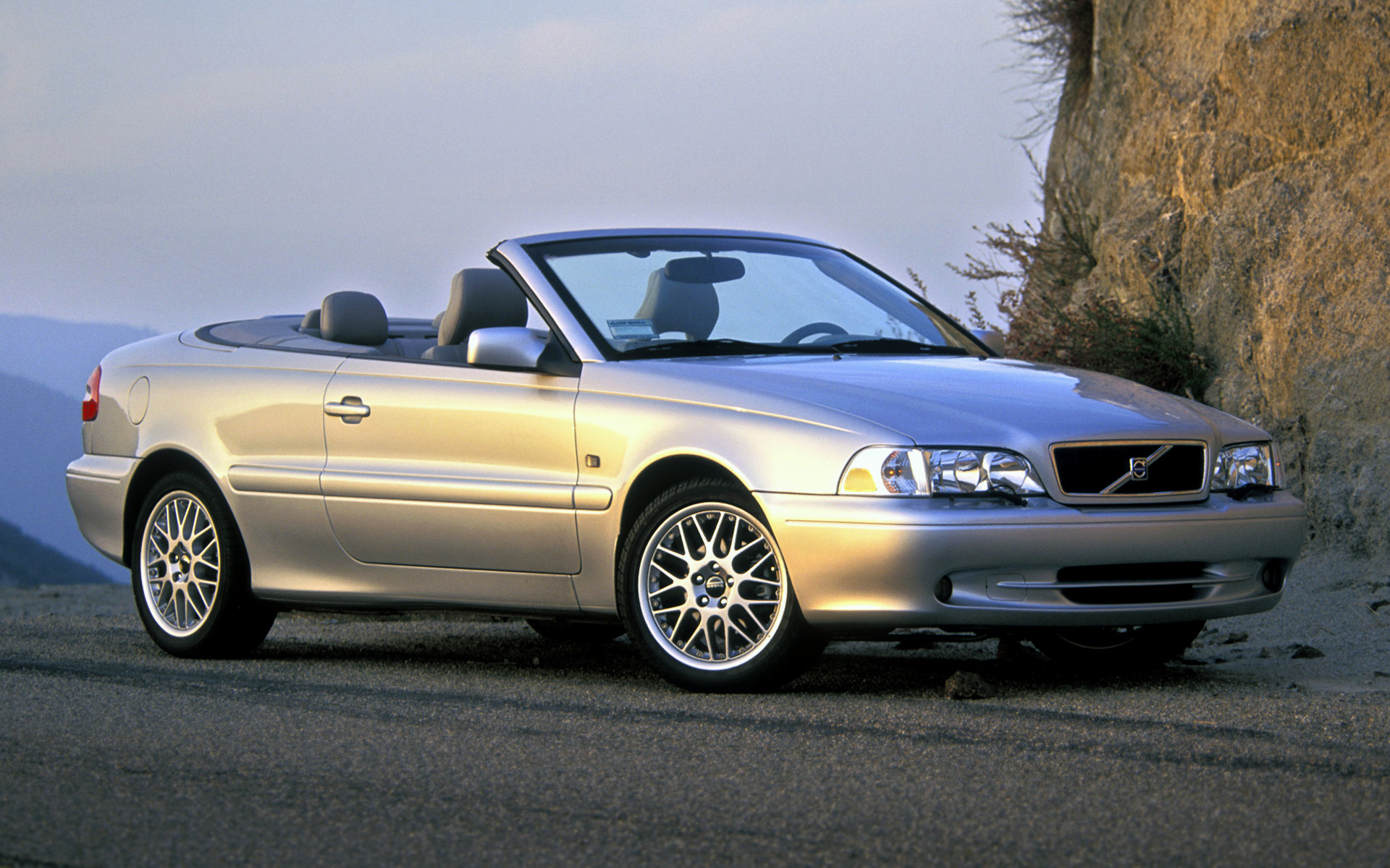 2002 Volvo C70 Convertible  Us