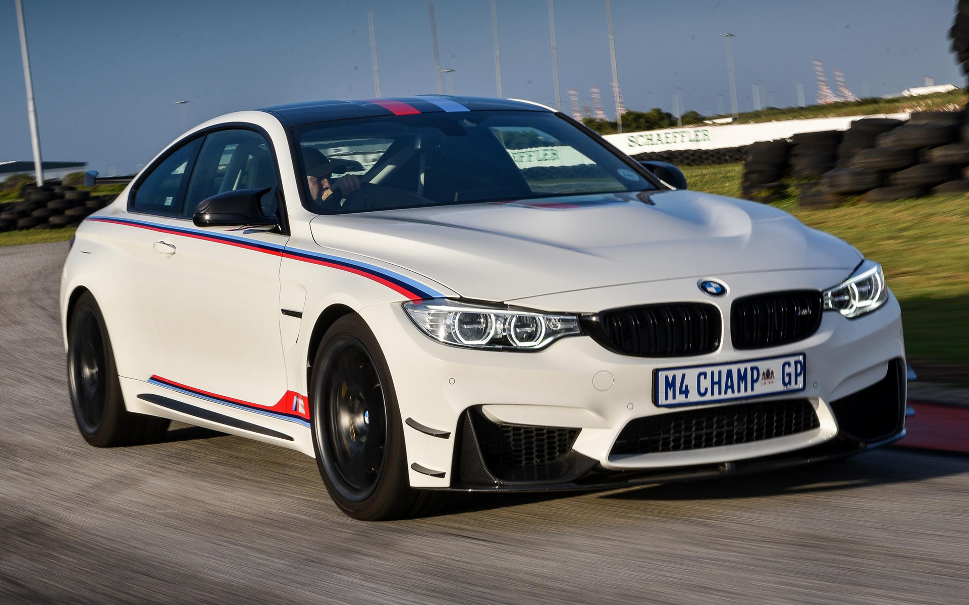2017 Bmw M4 Coupe Dtm Champion Edition Za Wallpapers