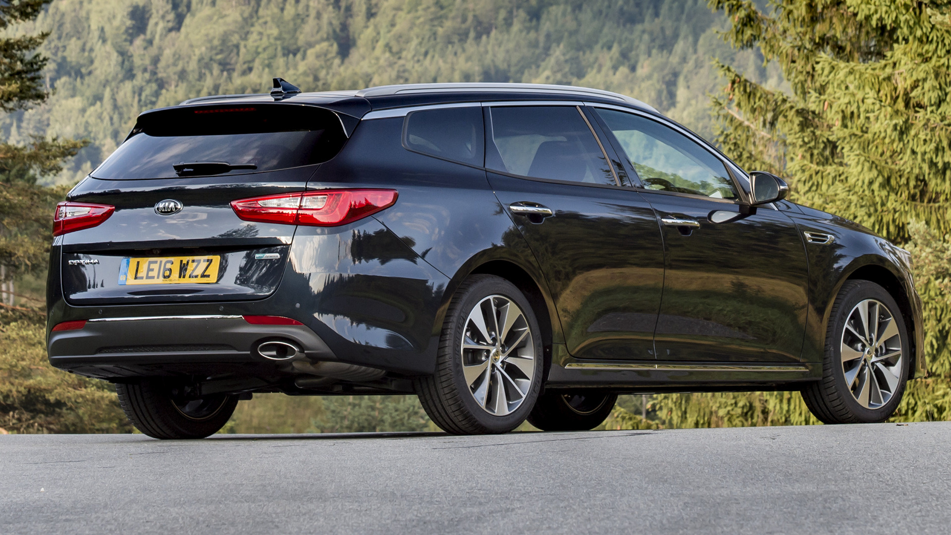kia optima sportswagon 2016 uk wallpapers and hd images. Black Bedroom Furniture Sets. Home Design Ideas