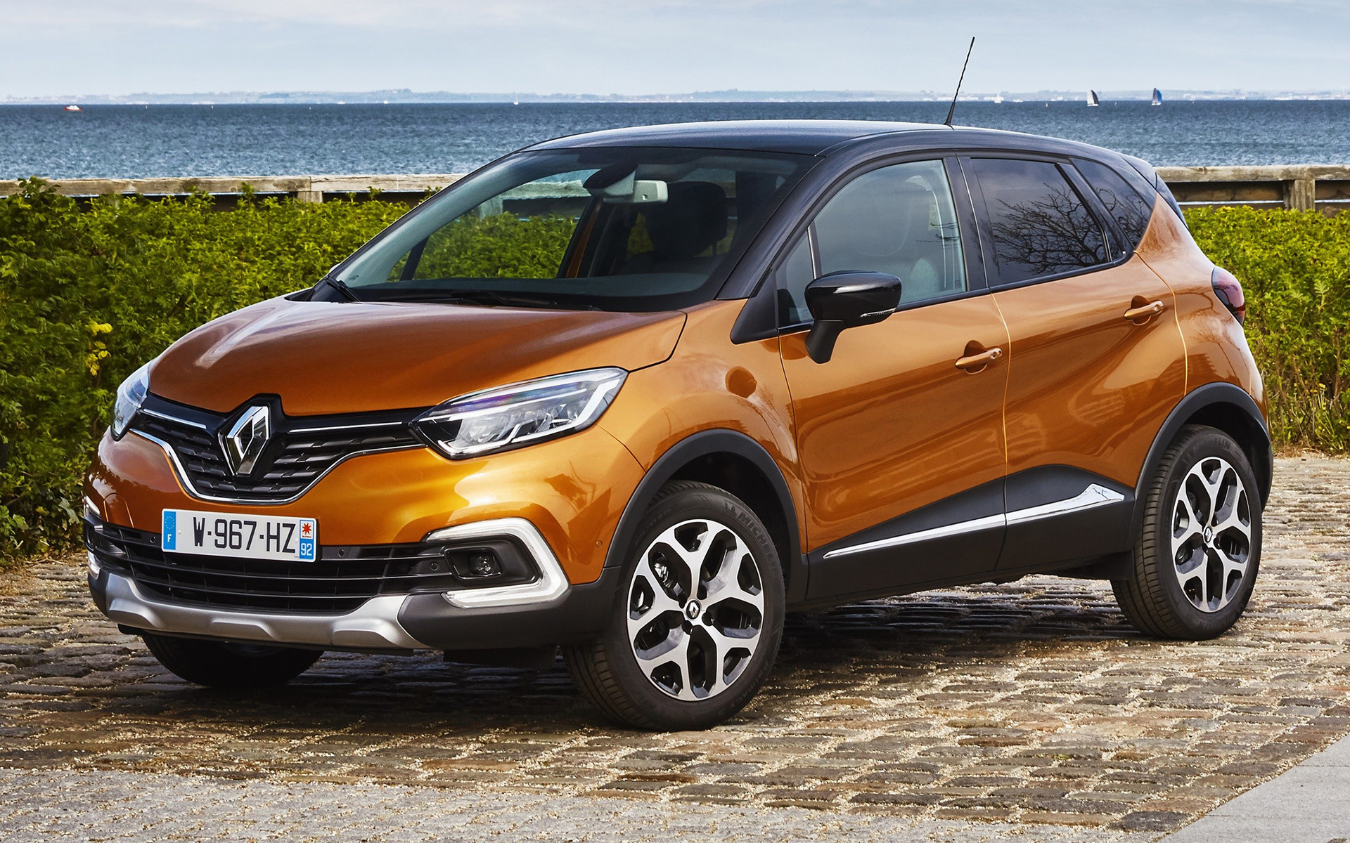 Renault Captur (2017) Wallpapers and HD Images - Car Pixel