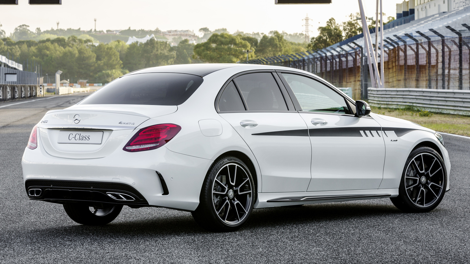 mercedes benz c 450 amg with amg accessories 2015. Black Bedroom Furniture Sets. Home Design Ideas
