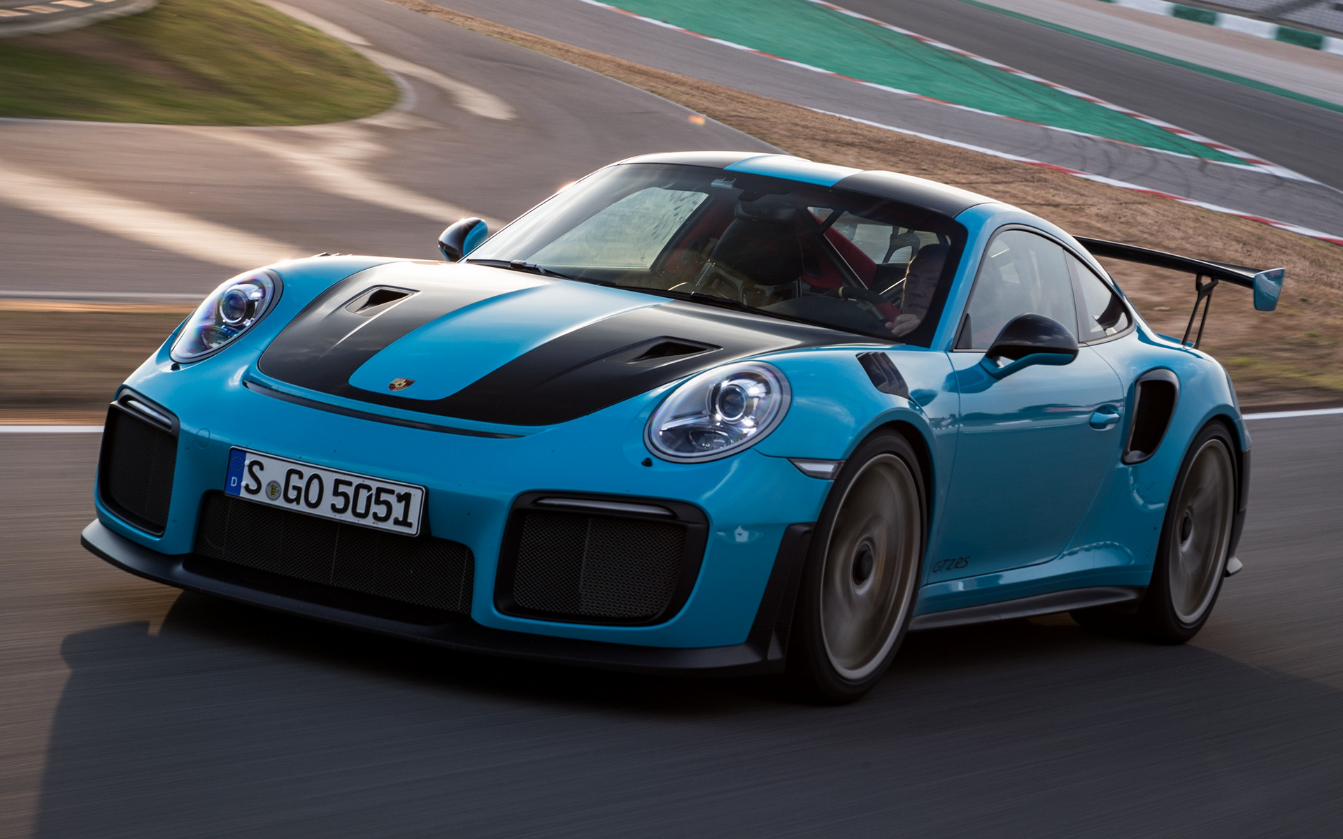 2017 Porsche 911 Gt2 Rs Wallpapers And Hd Images Car Pixel
