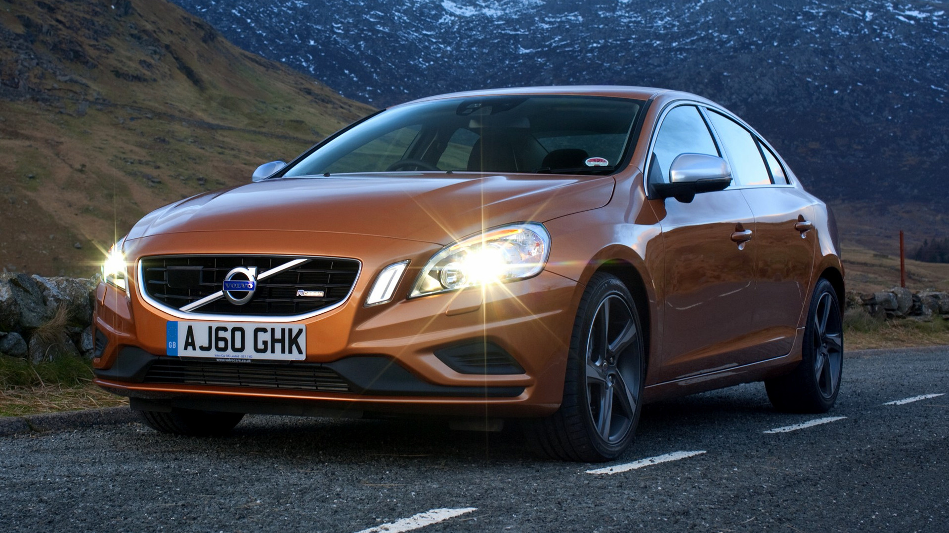 Volvo S60 Polestar >> Volvo S60 R-Design (2010) UK Wallpapers and HD Images - Car Pixel