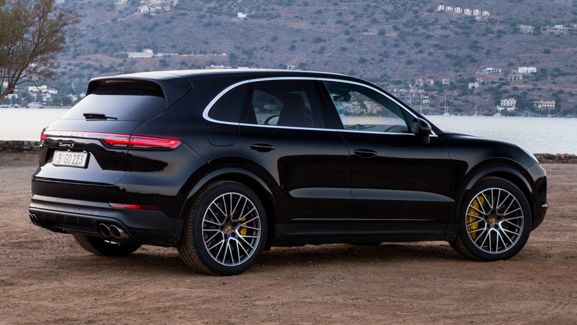 2017 Porsche Cayenne S Wallpapers And Hd Images Car Pixel