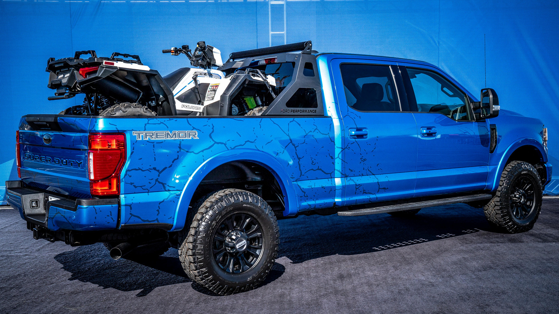 2019 ford f-250 super duty tremor crew cab black appearance package