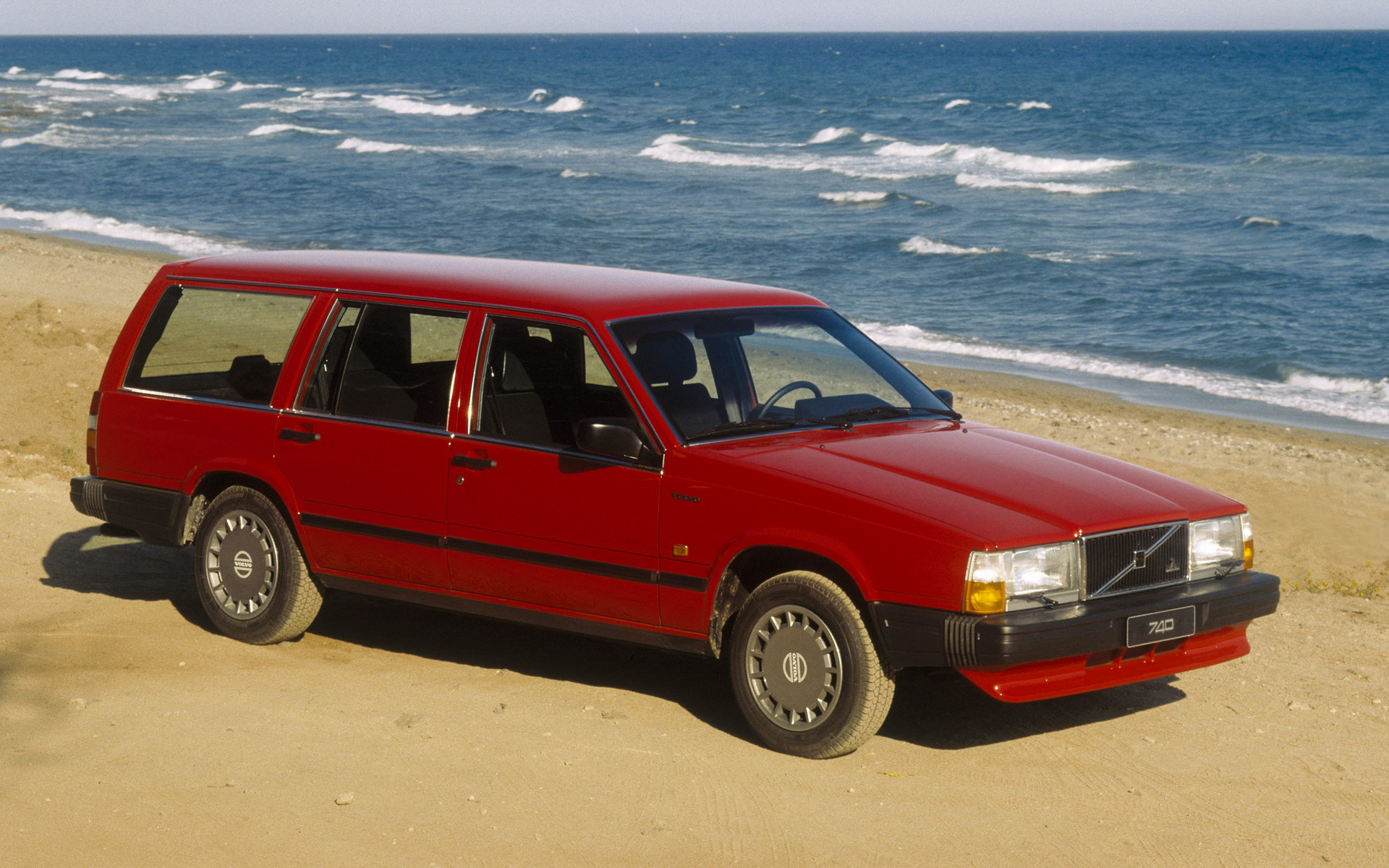Volvo Gl Kombi Car Wallpaper on 1985 Volvo 740 Gle