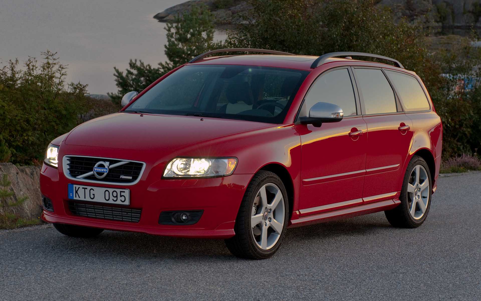Volvo V50 RDesign 2010 Wallpapers and HD Images  Car Pixel