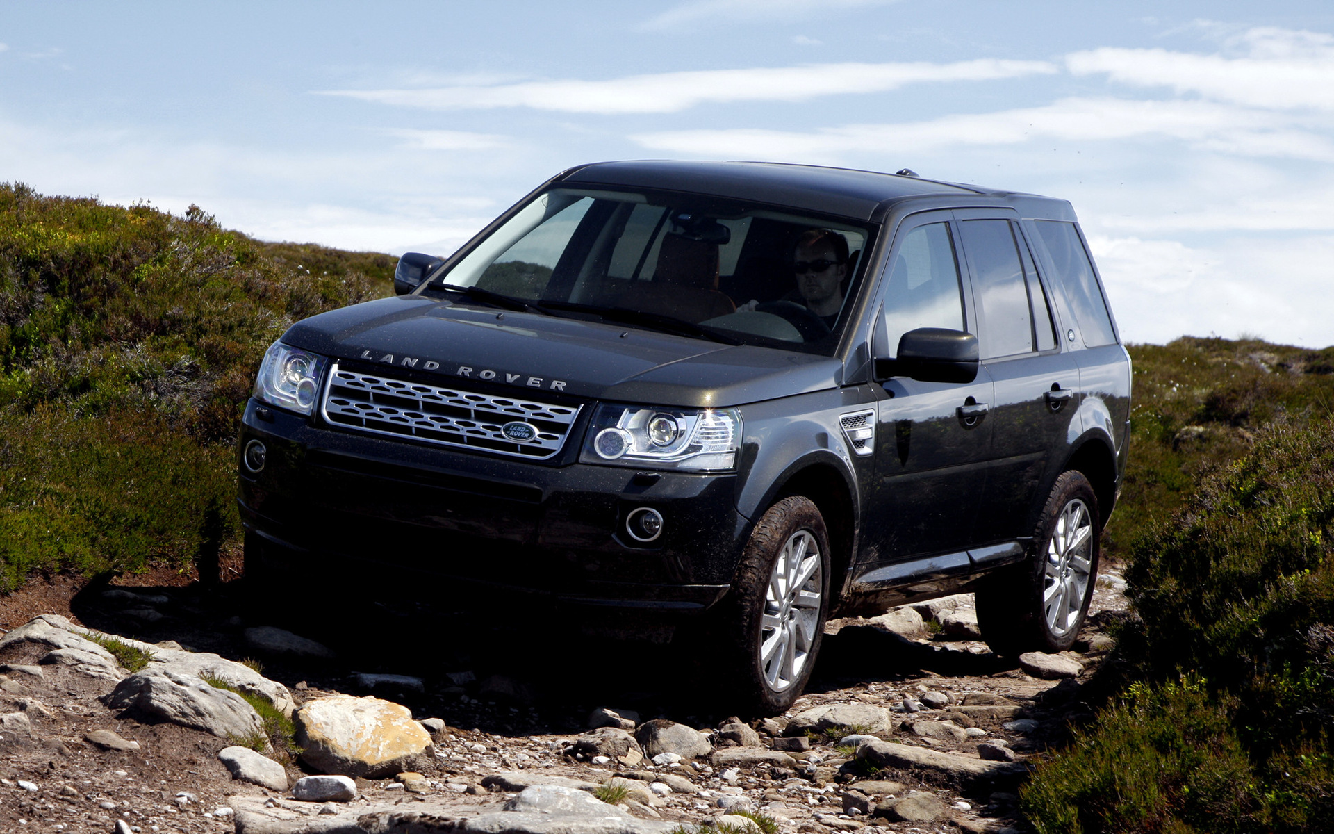 land rover freelander 2 hse 2012 wallpapers and hd. Black Bedroom Furniture Sets. Home Design Ideas