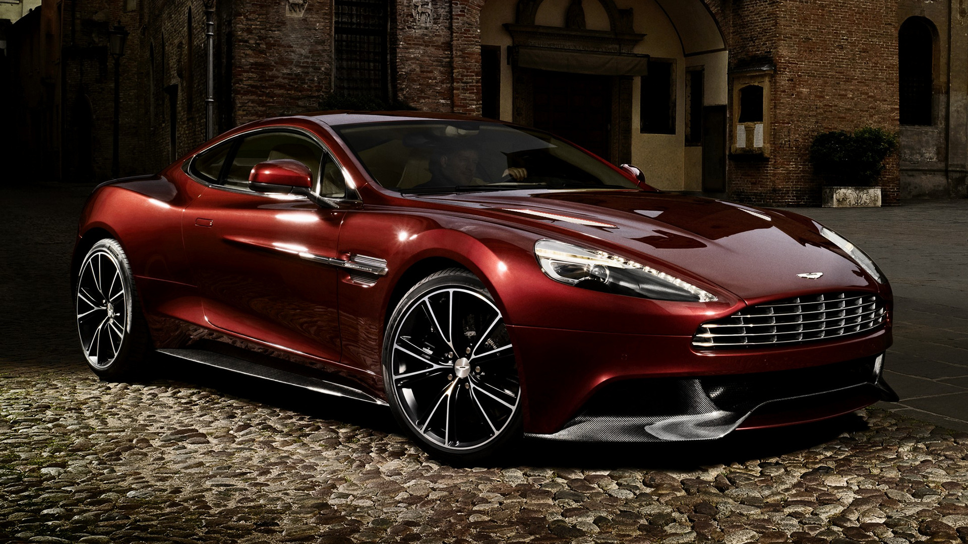 Aston Martin Vanquish 2012 Wallpapers And Hd Images