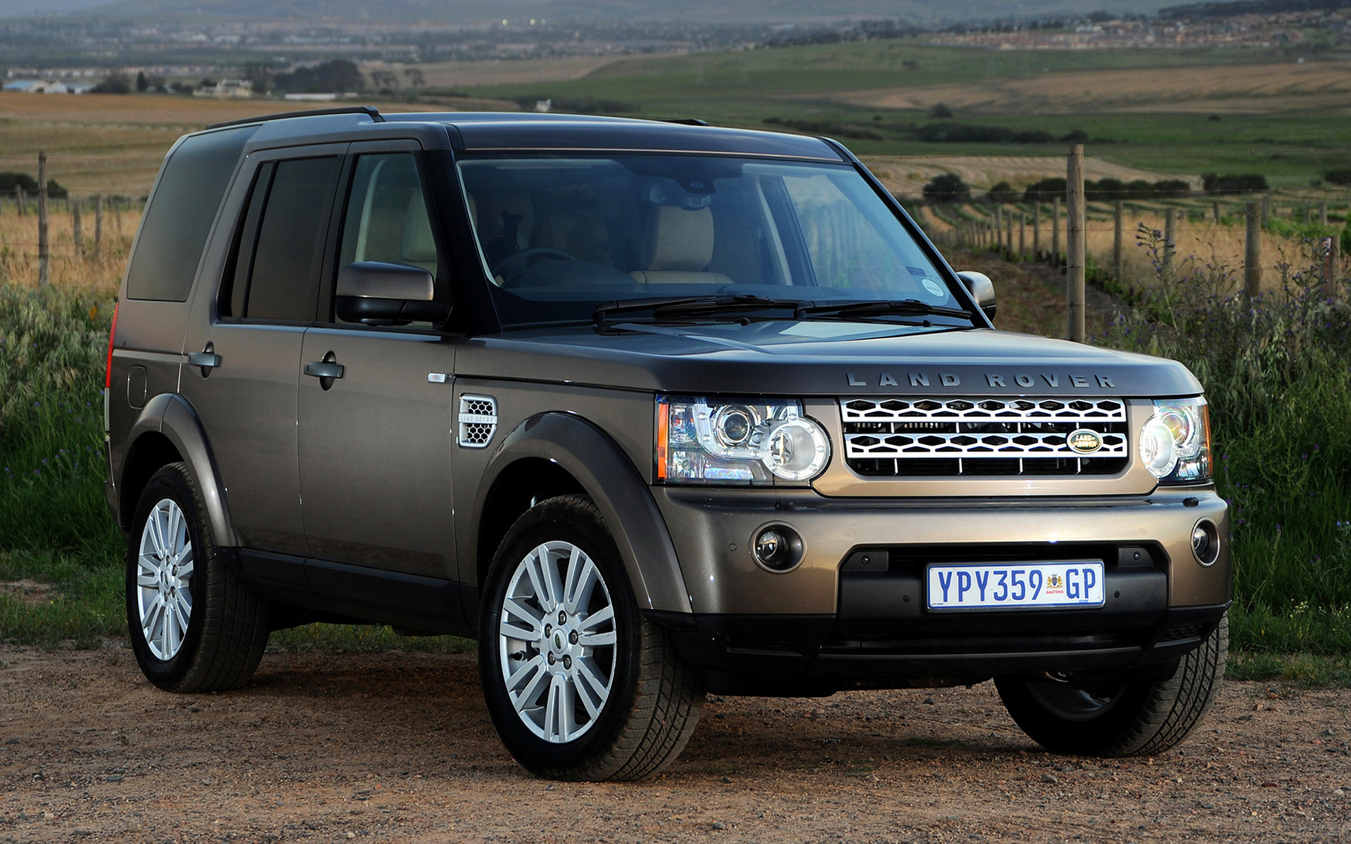 land rover discovery 4 hse 2009 za wallpapers and hd images car pixel. Black Bedroom Furniture Sets. Home Design Ideas