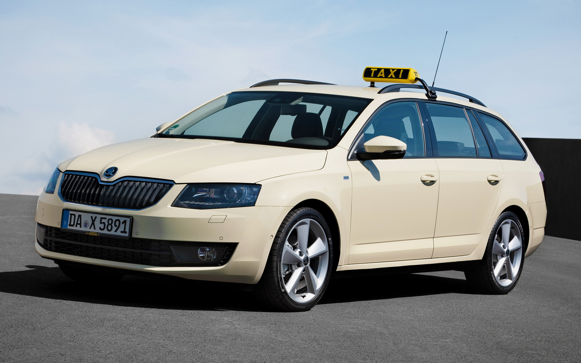 Skoda Octavia Combi Taxi (2013) Wallpapers and HD Images ...