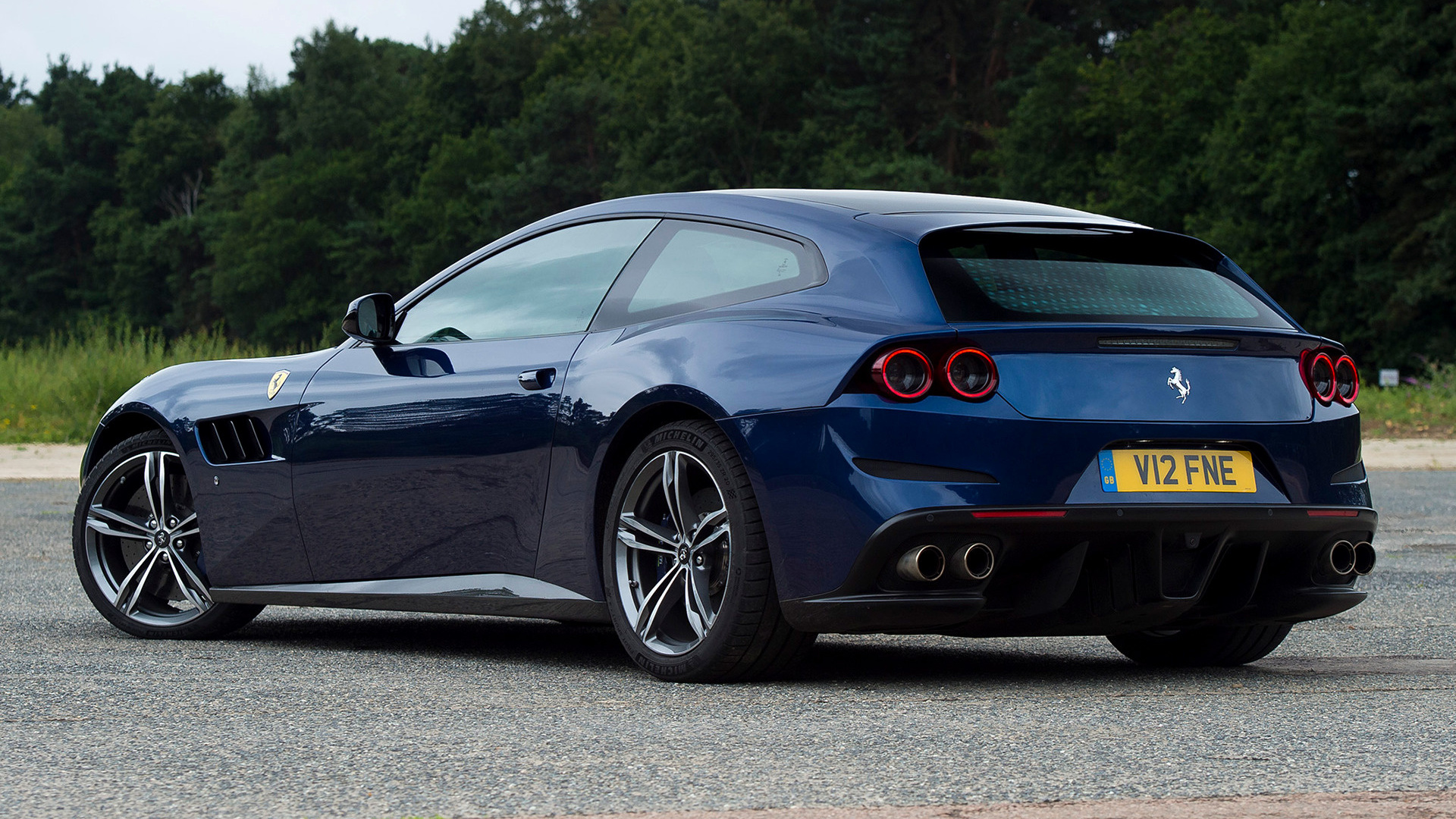 2016 Ferrari GTC4Lusso (UK)