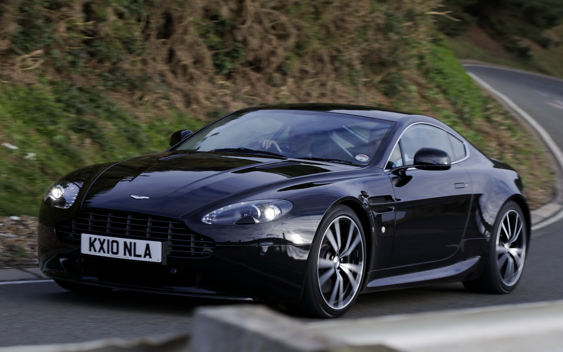Aston Martin V8 Vantage N420 (2010) UK Wallpapers and HD Images ...