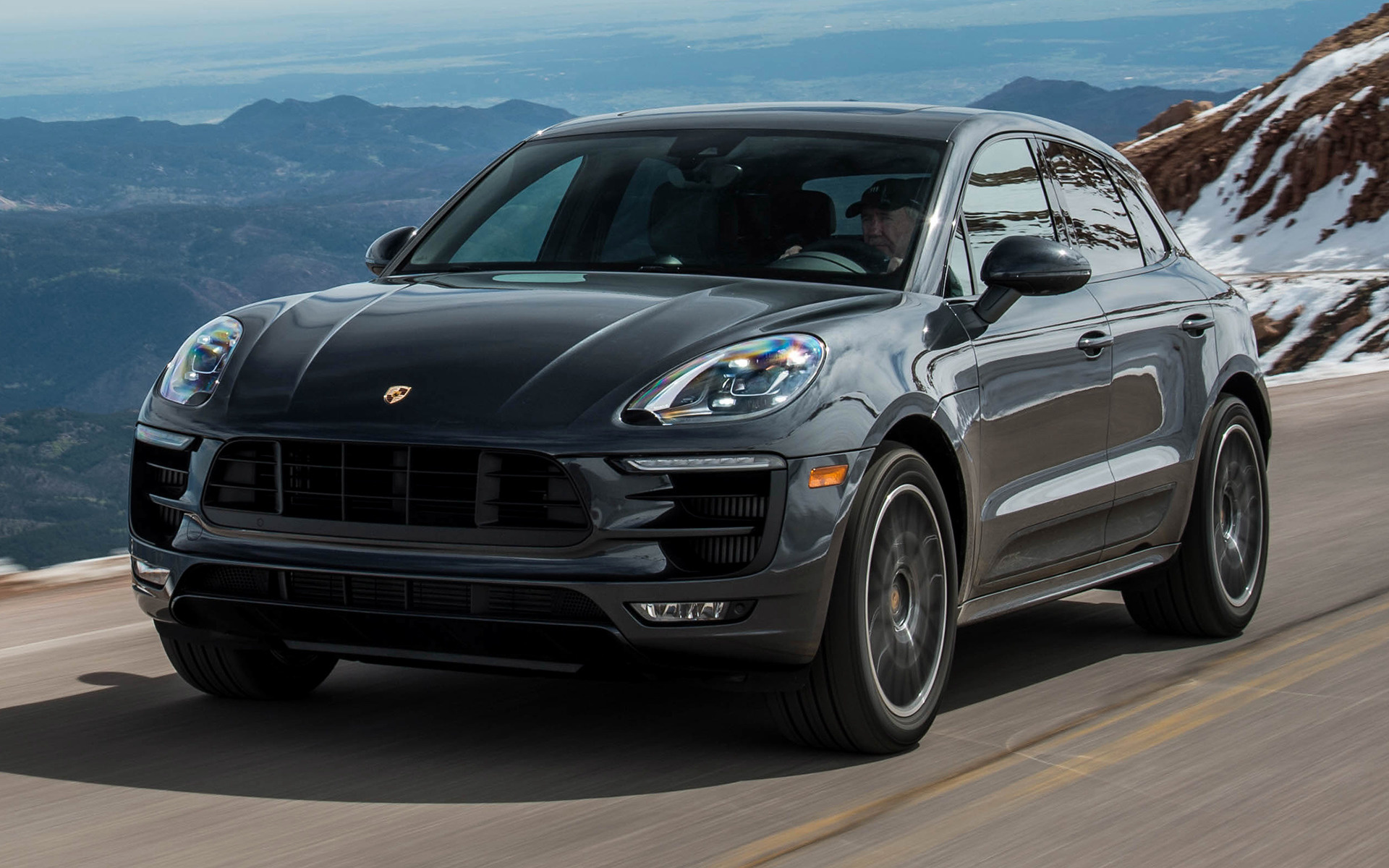 Porsche Macan GTS (2017) US Wallpapers and HD Images - Car ...